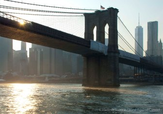 Sunlight under the Brooklyn Bridge