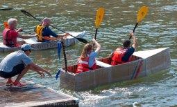 Cardboard-kayak-race-113