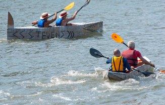 Cardboard-kayak-race-118