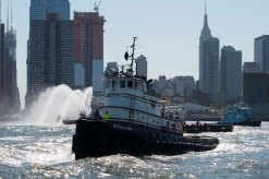 Tugboat Race 35