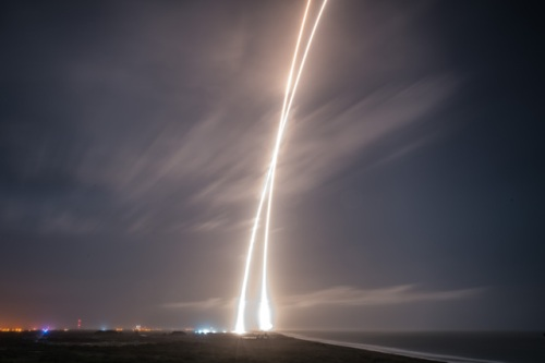 Falcon 9 launch and return, December 21, 2015