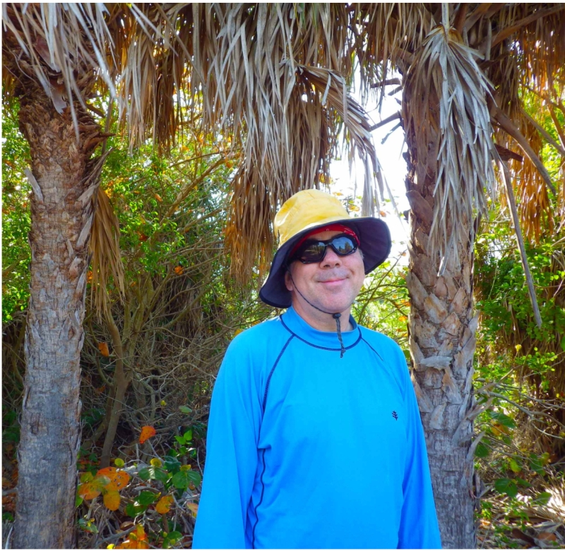 smiling-vlad-and-palm-trees